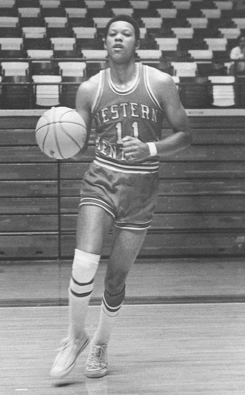 Quartet of Toppers named to High School Basketball Hall of Fame